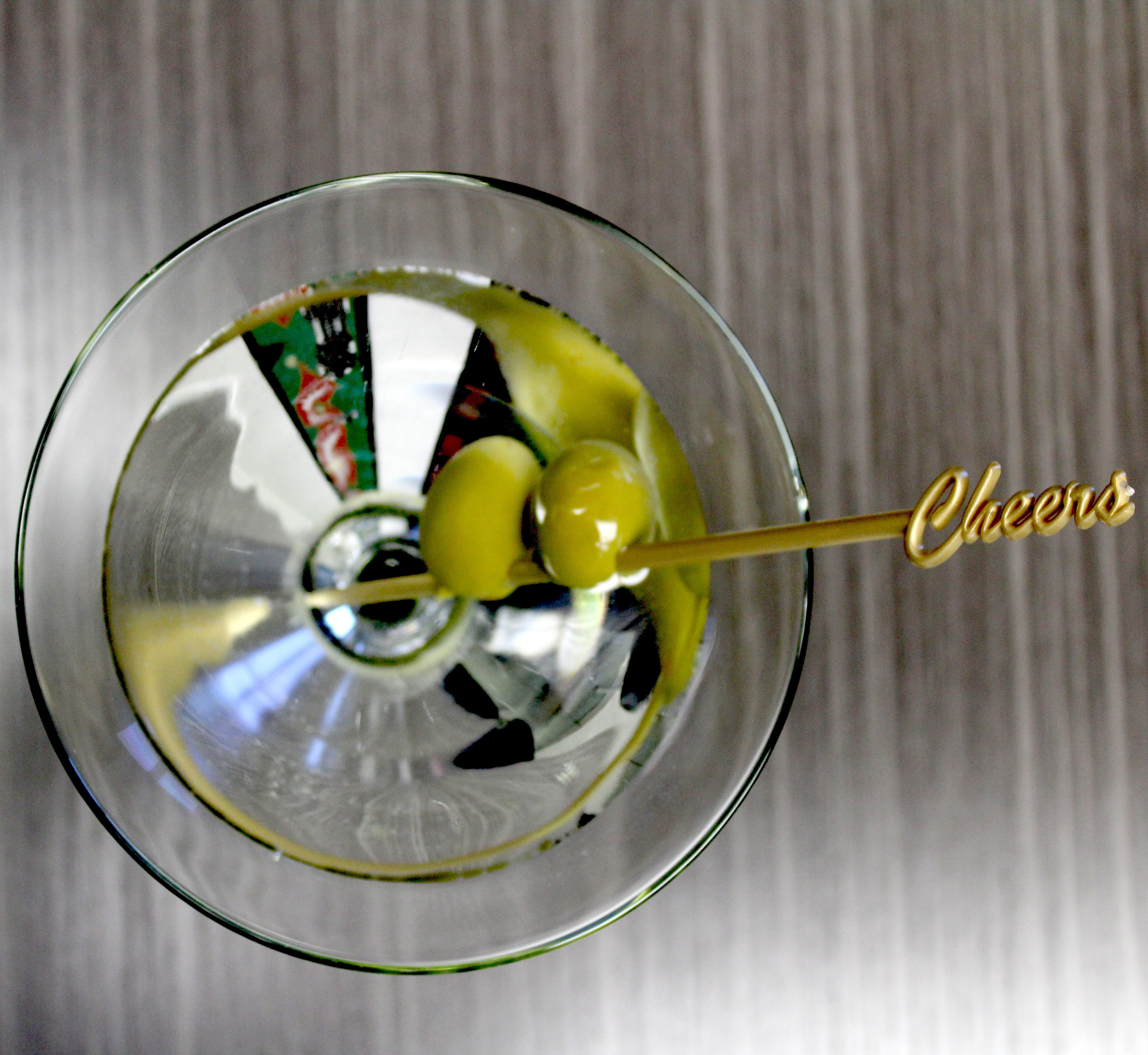 Cheers_Gold_Drink_Cocktail_Martini_Picks_Wedding_Party.jpg