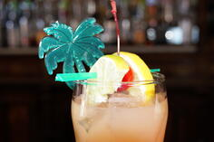 Palm-Tree-Swizzle-Stick
