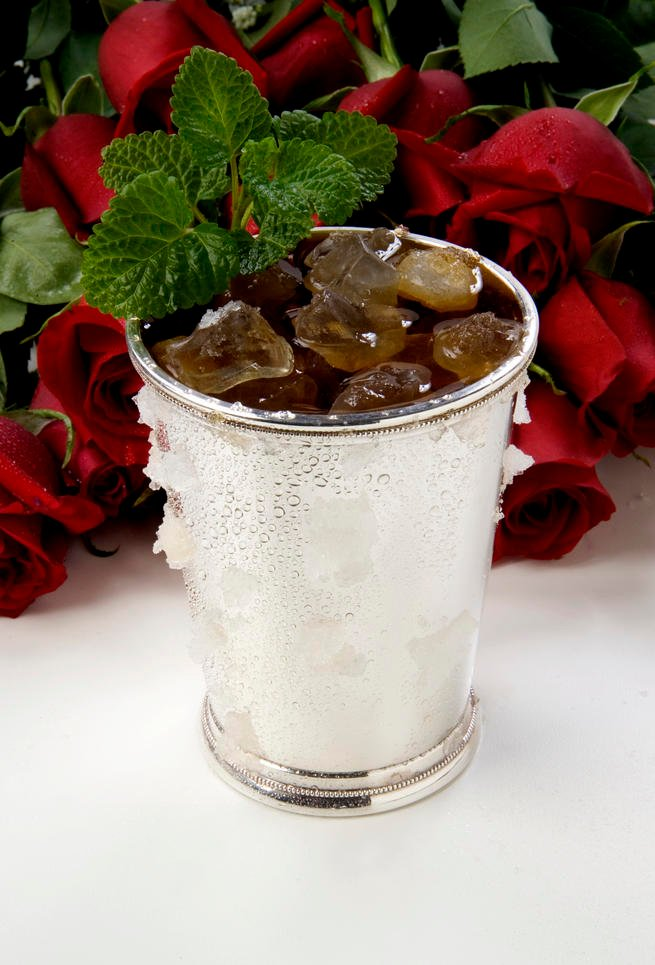 Classic & Nontraditional Mint Julep Recipes To Kick Off Derby Weekend!