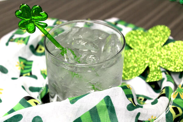 Puffy Shamrock Swizzle Sticks 2