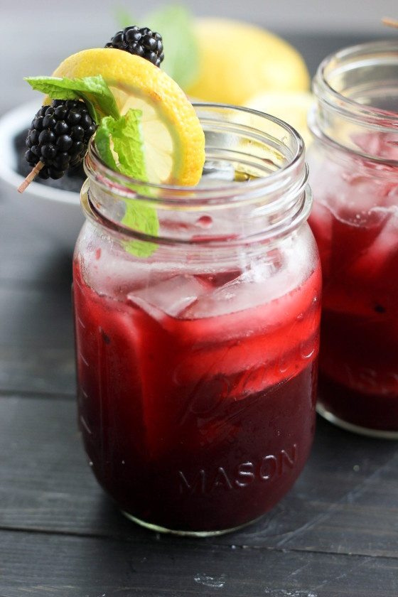 blackberry-bourbon-lemonade